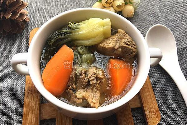 奶白菜龙骨汤