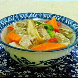 黄芪羊肉胡萝卜汤