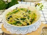 豆芽菜炒青蒜的做法[图]