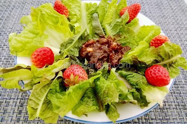 莴笋叶蘸肉酱