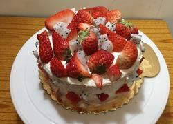 六寸草莓奶油蛋糕