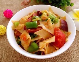 蔬菜火腿炒面片