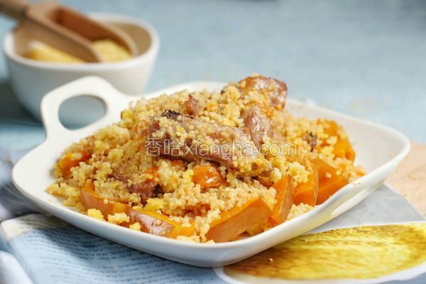 金瓜小米蒸排骨
