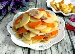 土豆片炒牛肉