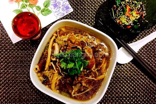 杂菌肥牛汤