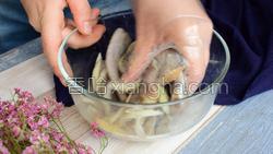 干炸带鱼的做法图解7