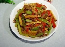 芹菜肉丝炒香干
