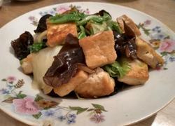 煎豆腐炒木耳白菜