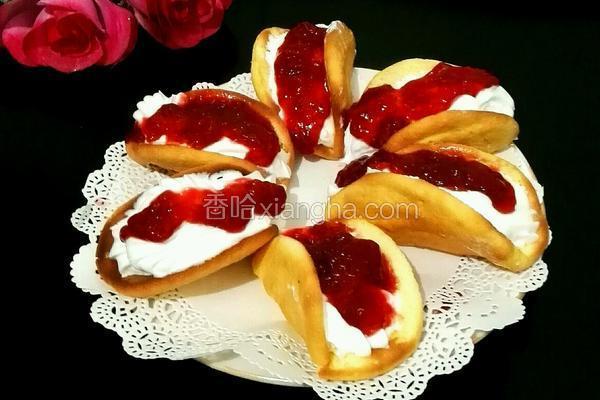 草莓酱•奶油蛋糕夹