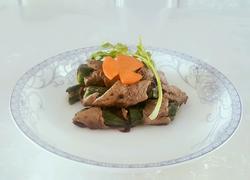 香煎牛肉秋葵卷