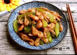 黄瓜炒白米虾