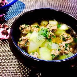 冬瓜汆香菜丸子汤