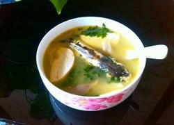 黄辣丁平菇豆腐汤