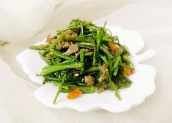 野芹菜炒牛肉