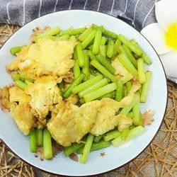 蒜毫炒鸡蛋