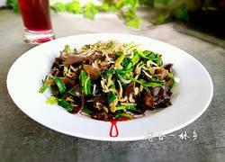 虾皮韭菜炒木耳