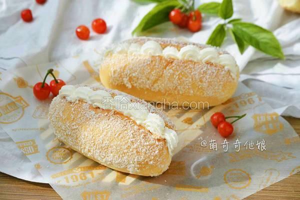 椰丝奶油面包