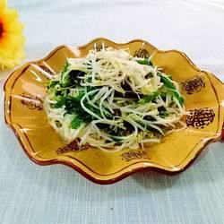 绿豆芽炒白菜苔