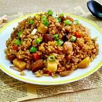 红烧肉香菇胡萝卜焖饭