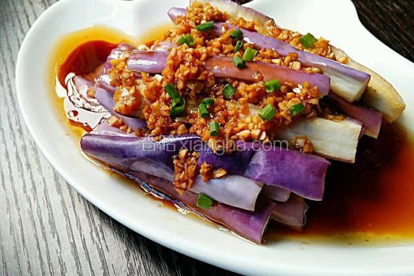 烧紫茄子的家常做法_蒜香茄子的做法_菜谱_香哈网