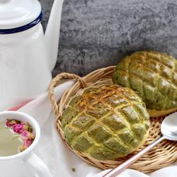 抹茶菠萝面包