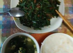 长豆角炒肉末菠菜鸡蛋汤
