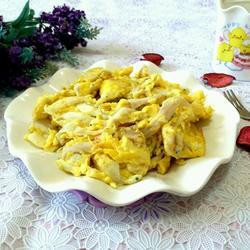 面条鱼炒鸡蛋