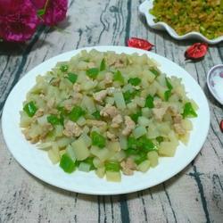 土豆青椒肉丁卤
