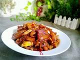 猪肉烧竹笋的做法[图]