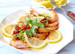 泰式柠檬凉虾