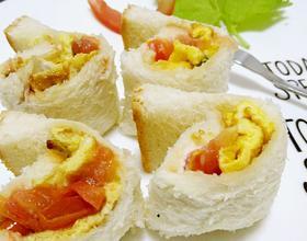 宝宝食谱之早餐篇 面包蛋卷