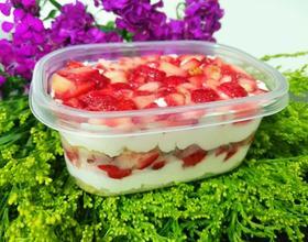 草莓千层盒子蛋糕