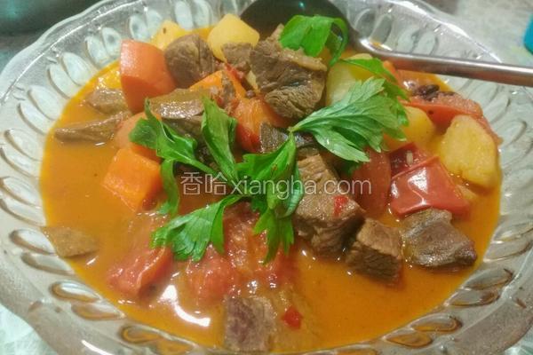 土豆胡萝卜西红柿炖牛腩