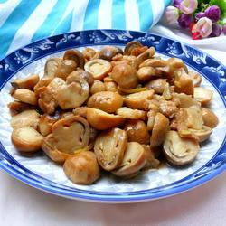 草菇炒肉的做法[图]