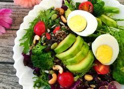 美式三色藜麦健康蔬果沙拉