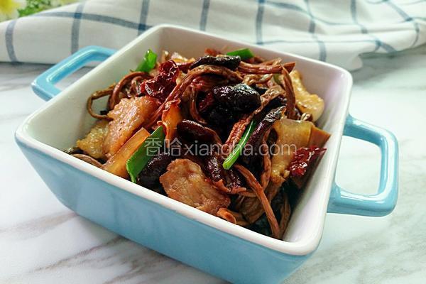 茶树菇炒肉