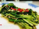 虾酱蚝油炒空心菜 虾酱炒通菜的做法[图]