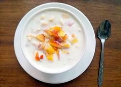 油桃玉米片酸奶