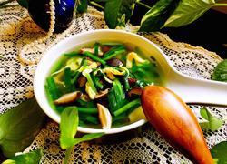 鸡蛋香菇韭菜汤