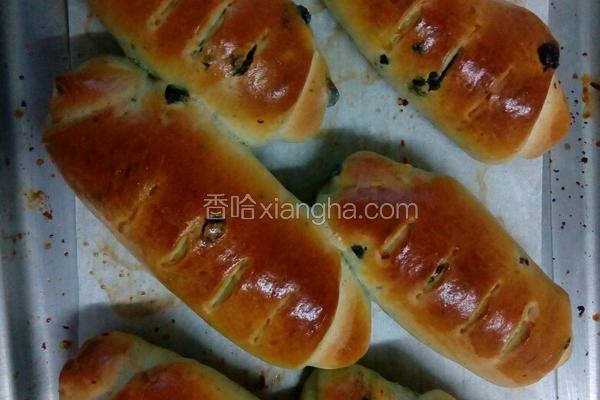 蓝莓巧克力馅牛奶面包