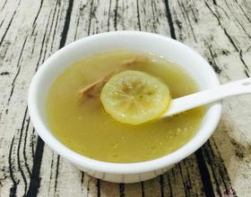 柠檬咸梅煲水鸭汤