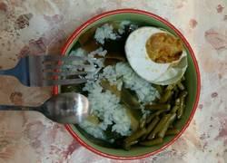 咸菜咸鸭蛋海带剩饭粥