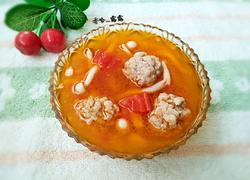 海鲜菇西红柿肉丸汤