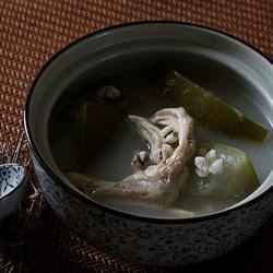 冬瓜薏米煲鸭掌