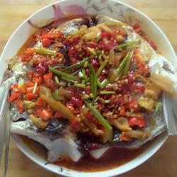 清蒸剁椒鳙鱼