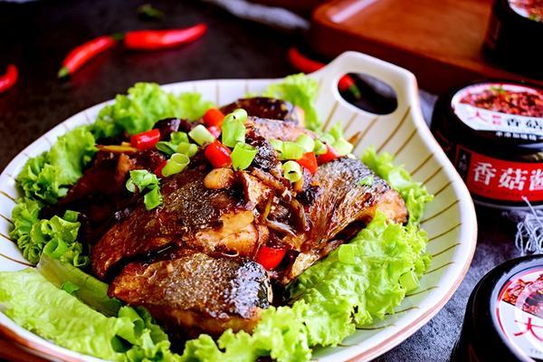 香菇酱焖沙丁鱼