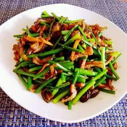 韭菜苔炒黄鳝
