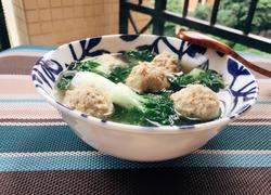 自制肉丸子白菜汤