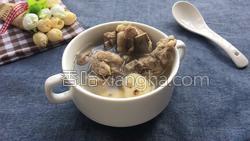 百合荸荠排骨汤的做法图解10