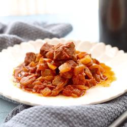 匈牙利烩牛肉